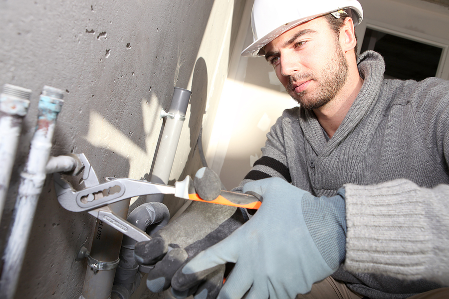 Plumber : plumber installs and repairs pipes that carry water, gas, sewage or ...